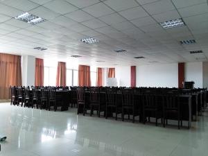 南宁恒安集团会议室办公室窗帘
